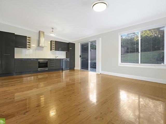 232 Gladstone Avenue, Mount Saint Thomas NSW 2500