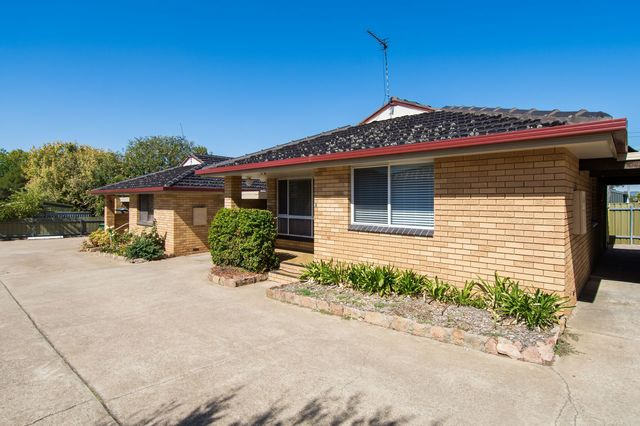 2/1 Horsley Street, Kooringal NSW 2650