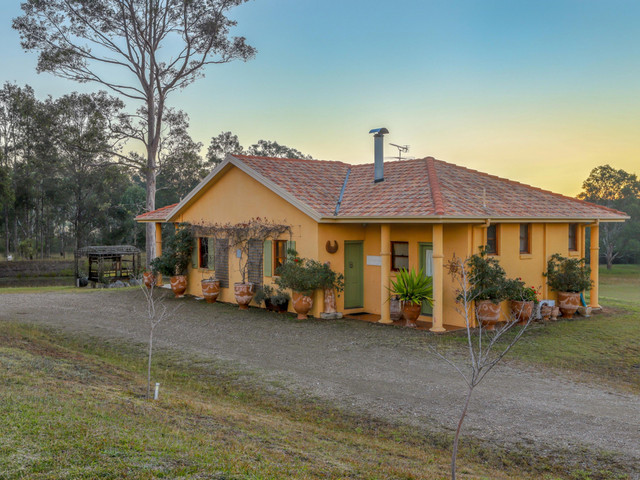 228 Sweetwater Road, NSW 2335