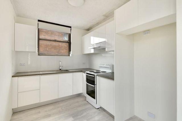 4/4A Brittain Crescent, NSW 2036