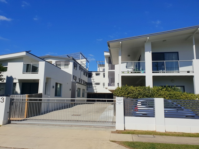 8/3-7 MacDonnell Rd, Margate QLD 4019