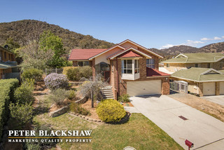 39 Russell Drysdale Crescent