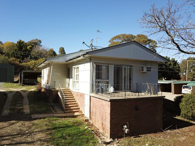 89 West Street, Gundagai NSW 2722