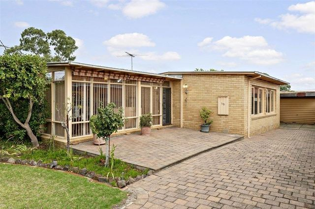 38 Barry Road, VIC 3151