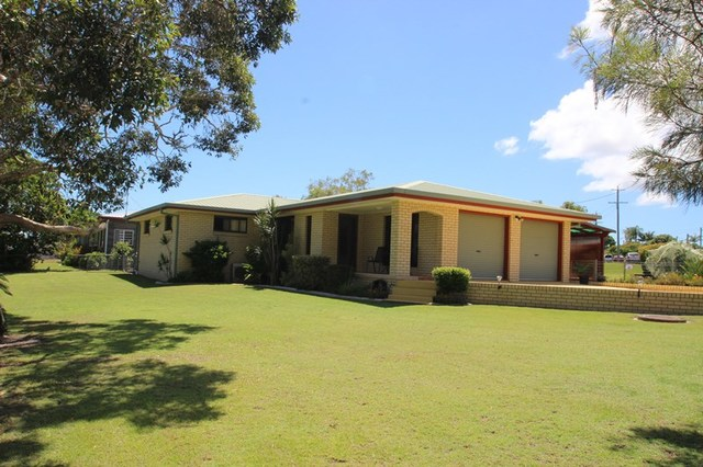 1 Tailor Street, Tin Can Bay QLD 4580