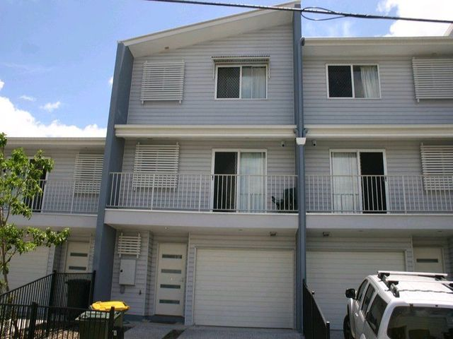 Room 4/10 Lucy Street, Albion QLD 4010