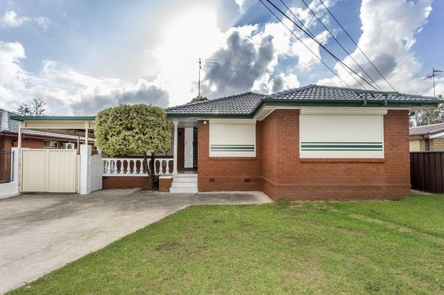 2 Stapley Street, Kingswood NSW 2747