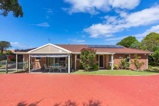 1 Faust Close, Mollymook NSW 2539
