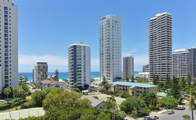 1 Peak Avenue, Main Beach QLD 4217