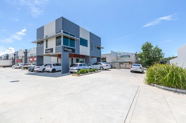 1/720 Macarthur, Pinkenba QLD 4008