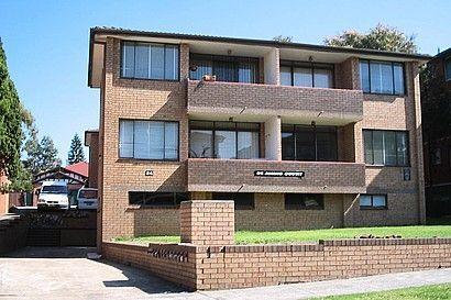 10/24 Myra Road, NSW 2203