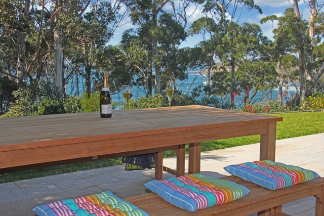 31 Riversdale Rd, Mollymook Beach NSW 2539