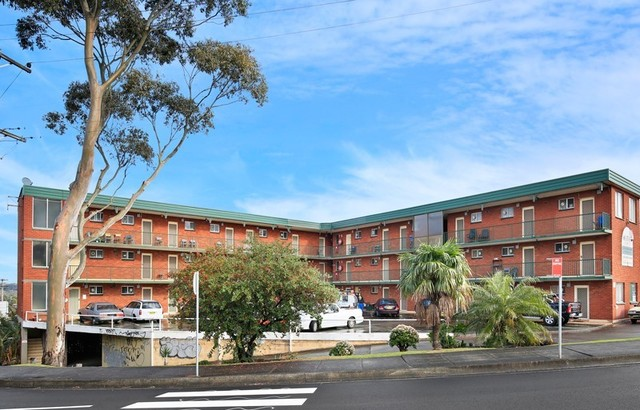 33/1-5 Mount Keira Road, West Wollongong NSW 2500