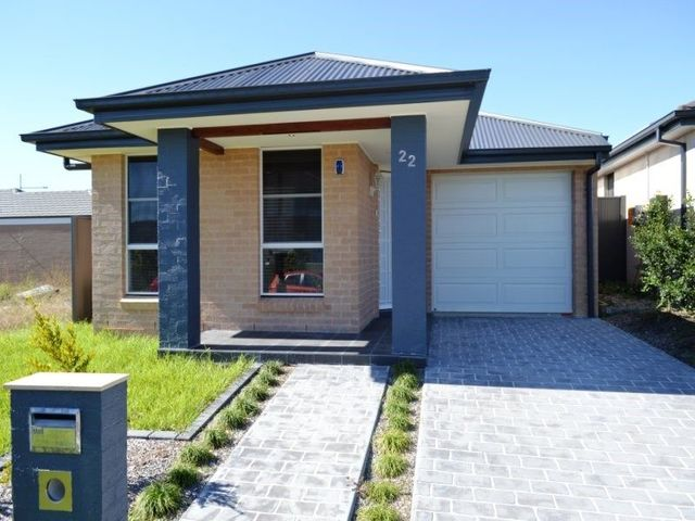22 Mortlock Ave, NSW 2760