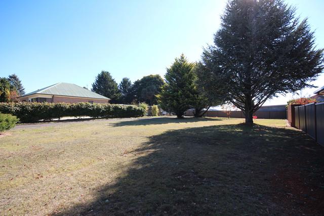 47 Scotia Ave, Oberon NSW 2787