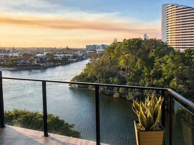 601/9 Hooker Boulevard, Broadbeach Waters QLD 4218