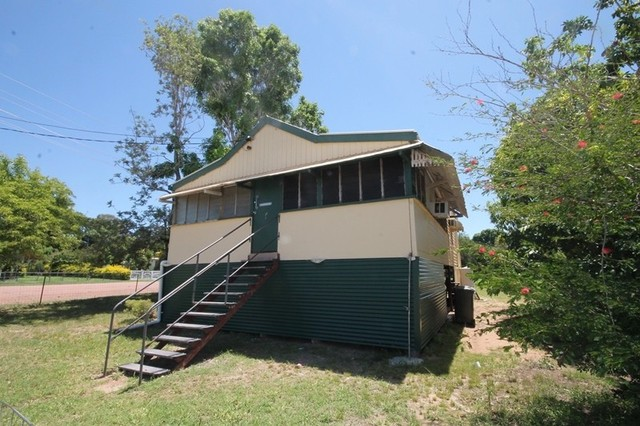 114 Stubley Street, Charters Towers City QLD 4820
