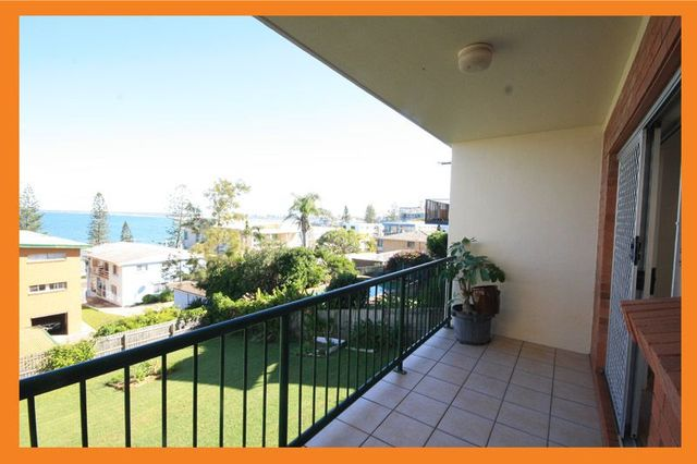 2/8 Burgess Street, Kings Beach QLD 4551