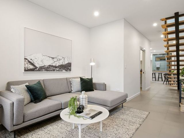 12 Clara Street, NSW 2043