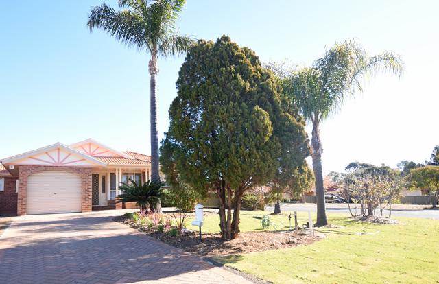 1 Paul McLean Place, Dubbo NSW 2830