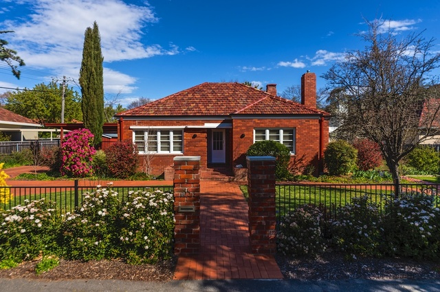 35 Lockyer Street, Griffith ACT 2603