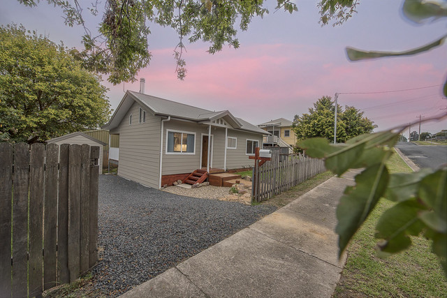 15 Gowing Avenue, Bega NSW 2550