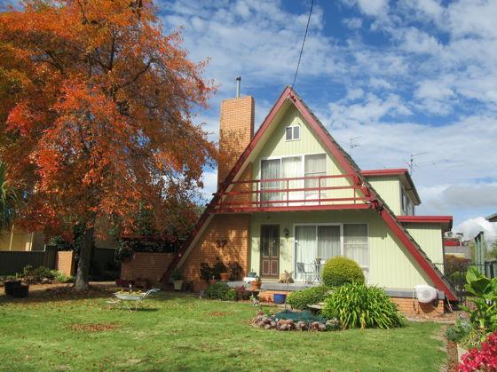 37 Cross Street, NSW 2370