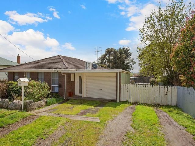 88 Grey St, Terang VIC 3264
