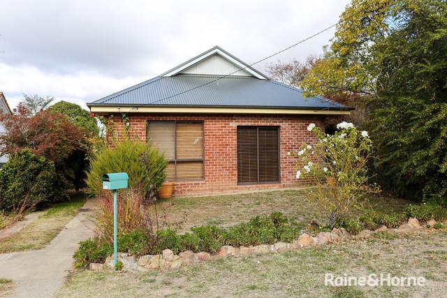 10 Hamilton Street, South Bathurst NSW 2795
