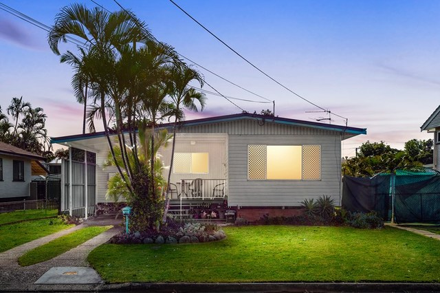 10 Carrie Street, QLD 4034