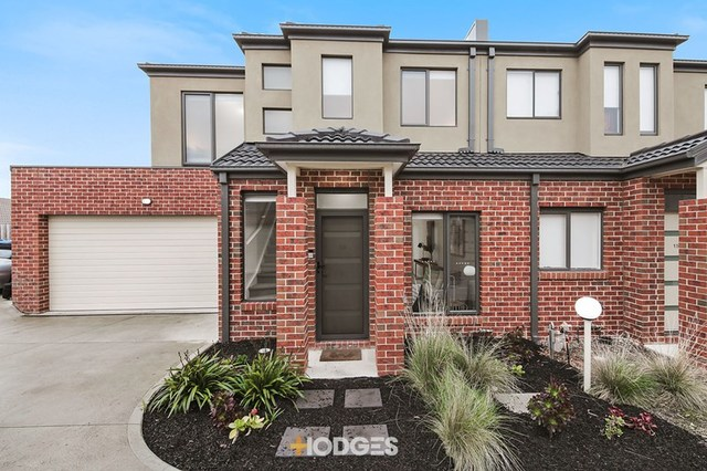 13/27 Brunnings Road, Carrum Downs VIC 3201