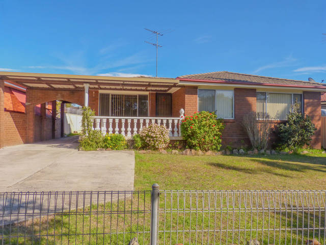 34 Chaplin Crescent, NSW 2763