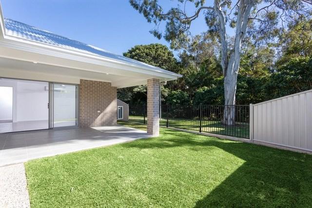 2/21 Manuela Street, Victoria Point QLD 4165