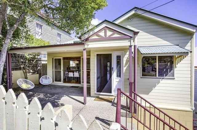 6 Harriet Street, Red Hill QLD 4059