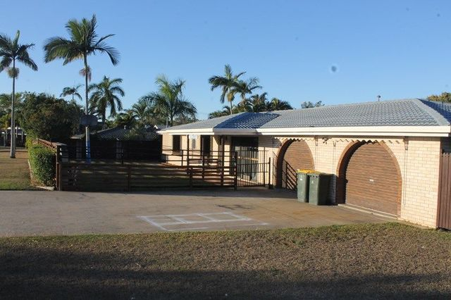 1 Bellemere Court, Boyne Island QLD 4680