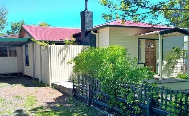 4 Kurrajong Street, Captains Flat NSW 2623