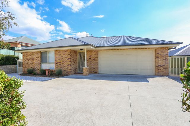 28a Rosemont Ave, Kelso NSW 2795