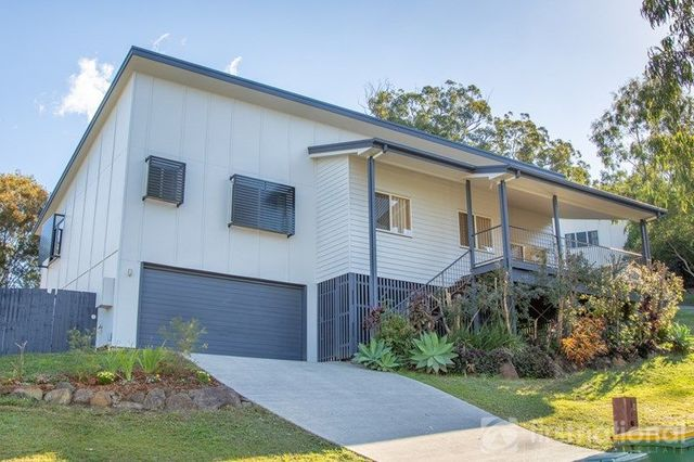 8 Viewland Drive, Mooloolah Valley QLD 4553