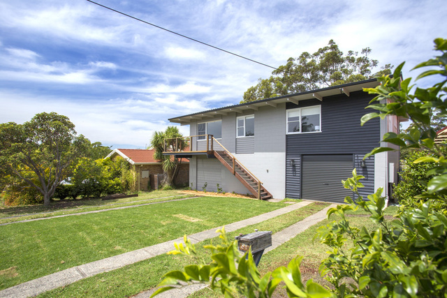 30 Clissold Street, Mollymook NSW 2539
