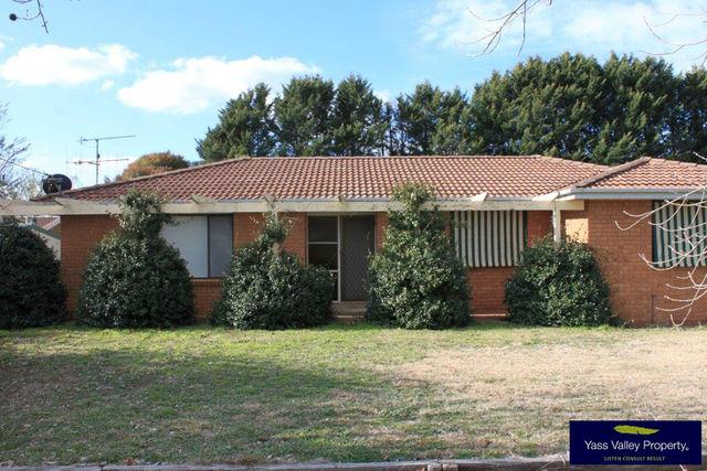 32 Victoria Street, Yass NSW 2582