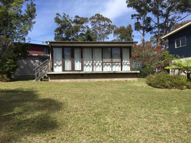 34 Wallaroy Drive, Burrill Lake NSW 2539