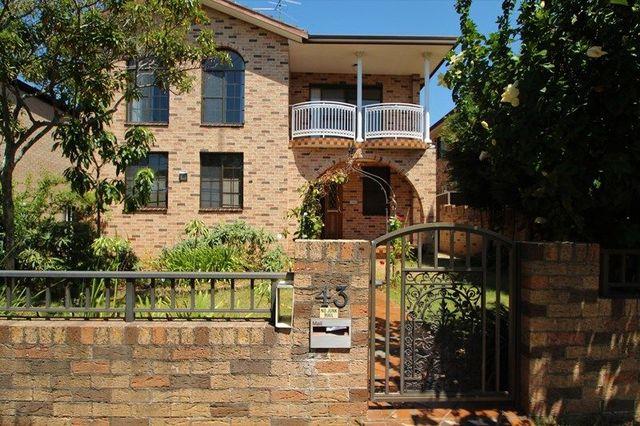 43 Woids Ave, NSW 2218