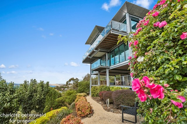 12 Glover Drive, Sandy Bay TAS 7005