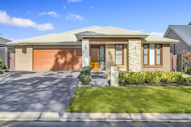 42 Jenolan  Circuit, Harrington Park NSW 2567