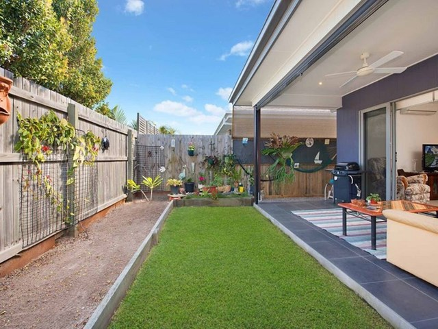 9 Sunshine Crescent, Caloundra West QLD 4551