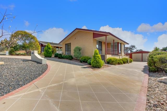 17 Elliott St, Crestwood NSW 2620