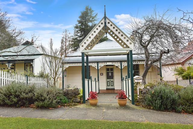 64a Govetts Leap Road, Blackheath NSW 2785