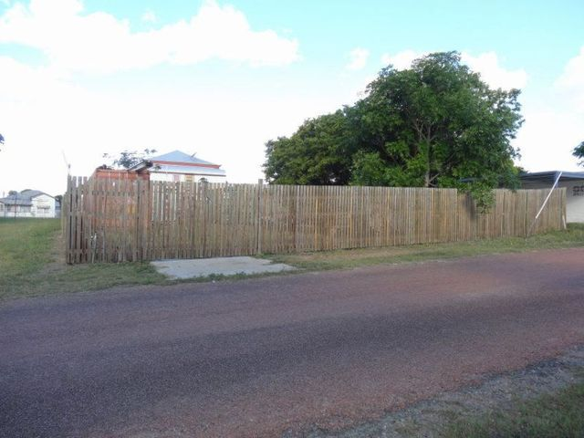35 Rutherford Lane, Charters Towers City QLD 4820