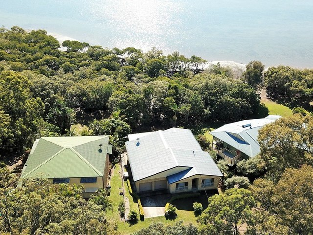 35 Bay Dve, Russell Island QLD 4184