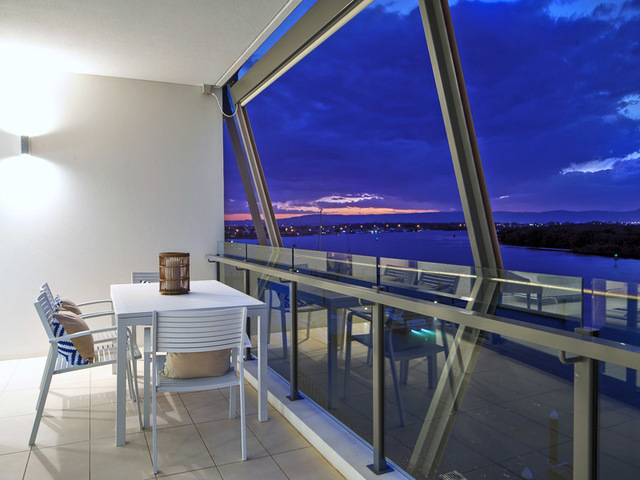 3303/4 Marina Promenade, Paradise Point QLD 4216